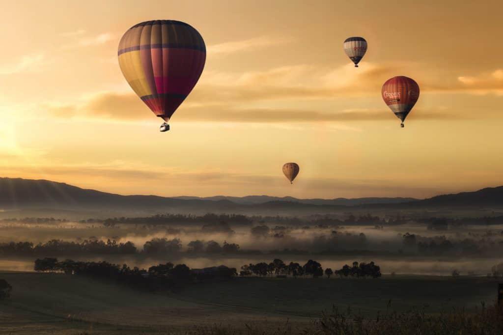 Воздушные шары Лидер и пассионарий по Гумилеву